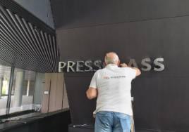Konopiska-koło-Częstochowy-biurowiec-Press-Glass-pierzak-budownictwo-żelbety-obiekty-kubaturowe-