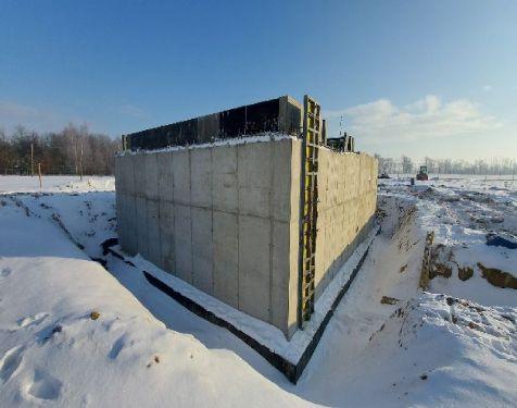 betonowanie-zimą-pierzakbudownicywo-żelbety-technologiczne-prace-montażowe
